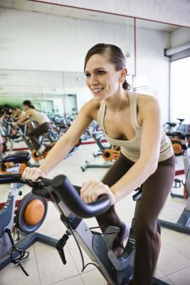 Cadence Vs.  Watts pour Indoor Cycling
