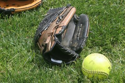 Perceuses Softball de 8-Year-Olds